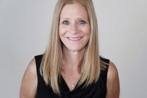 Corrina assists clients with forming LLCs